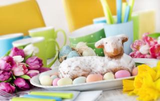 Ostern - Kuchen und Ostereier
